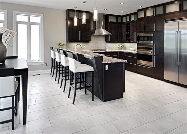 Modern Kitchen Renovations in Ottawa by Laurysen